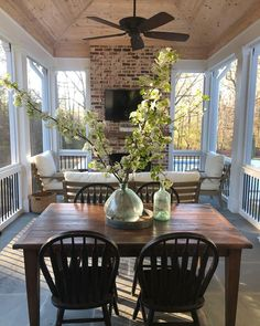 Indoor porch with fireplace! This is so pretty and inviting! Indoor porch with fireplace! This is so pretty and inviting! Outdoor Rooms, Outdoor Living, Outdoor Kitchens, Indoor Outdoor, Sunroom Decorating, Screen Porch Decorating, House With Porch, Porch With Fireplace, Brick Fireplace