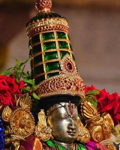 We have compiled amazing Tirupati Balaji Images from the web. The Lord Tirupati chose to stay on the Venkata Hill, which is a part of the famous Seshachalam Hills till the end of Kali Yuga. Shri Ganesh Images, Hanuman Images, Lord Krishna Images, Hindu Deities, Hinduism, Ganesh Wallpaper, Lord Balaji, Lord Vishnu Wallpapers