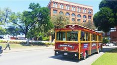 There's A Magical Trolley Ride In Texas That Most People Don't Know About