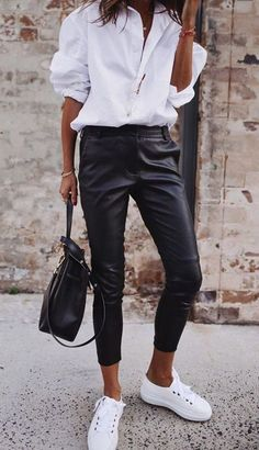 Simple shick - classic white shirt, leather pants and white shoes, . Simple shick - classic white shirt, leather pants and white shoes, Leather Pants Outfit, Black Leather Pants, Black Trousers, Trousers Women, Leather Trousers, White Pants, White Shoes Outfit, Leather Loafers, Black Shoes