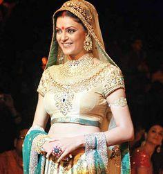 Trendy and Stylish Choli Designs for This Wedding Season - Bejeweled neckline