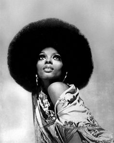 LOS ANGELES - JULY 16: Singer Diana Ross poses for a portrait session on July 16, 1975 in Los Angeles. California (Photo by Harry Langdon/Getty Images)