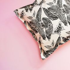 Now there are Cushion Covers with the Majken pattern available in the webshop. The size is with zipper closure. Made in a cotton twill fabric. Home Textile, Textile Design, Pattern Design, Print Design, Fabric Feathers, Cotton Twill Fabric, Cushion Covers, Textiles, Closure
