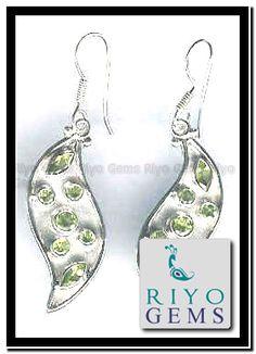 Wholesale peridot Silver Earring by Riyo gems www.riyogems.com