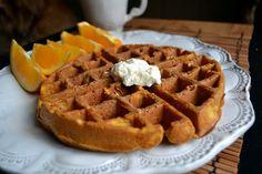Pumpkin recipes (oatmeal, overnight oats, waffles, muffins, and quick bread)
