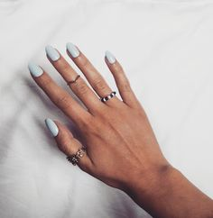 Eleven Oh Seven // Elegant Touch Press-On Nails