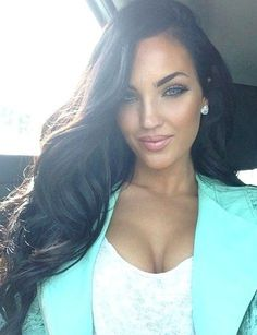 envious of her eyes and hair & makeup haha Natalie halcro