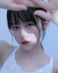 Pretty Girls, Cute Girls, China Girl, Pretty Asian, Bts Aesthetic Pictures, Ulzzang Girl, Girl Power, Pretty People, Art Girl