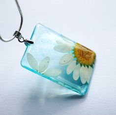 Pressed Daisy Flower Necklace Resin Jewelry by NaturalPrettyThings, $28.00