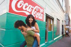 (Coke Code 9) 전 세계 코카-콜라 제품은 하루에 17억잔이 팔린다고 해요. 종합운동장에 가득 채워도 넘칠 양! 대단해요~!