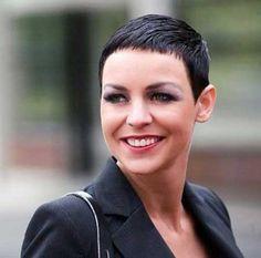 Bouncy Side Swept Short Pixie Haircut - Fashion Xe