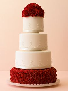 Winter Wedding Trend - Red Rose Cake!  Book your winter wedding at The Grandview Inn in Helena, MT!