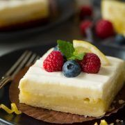 Could there be a better spring dessert?? In my opinion this one is hard to top! It's three of my favorite things in one bright, luscious, rich, heavenly de