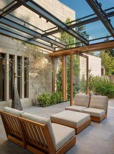 25 Amazing conservatory greenhouse ideas for indoor-outdoor bliss Pergola Designs, Patio Design, Exterior Design, Garden Design, Roof Terrace Design, Pergola Kits, Indoor Outdoor, Outdoor Rooms, Outdoor Living