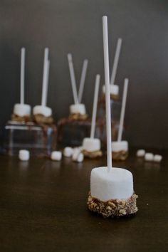 Don't have a fire going? S'more lovers do not need to worry! This is a great alternative to the classic s'more, as well it's a great recipe to get the kids involved in. Graham Cracker Crumbs, Graham Crackers, Holiday Gift Guide, Holiday Gifts, Lollipop Sticks, Melting Chocolate, Creative Gifts, Great Recipes, Candles