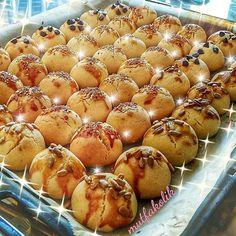 """3,379 Beğenme, 27 Yorum - Instagram'da Mukemmellezzetler (@mukemmellezzetler): """"#Repost @mutfakolik ・・・ 😋 Öyle bir kurabiye düşününki, Bir tepside çok çeşit 😇 Hem tatlı hem tuzlu…"""""""