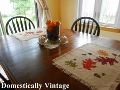 fall place mats at Domestically Vintage