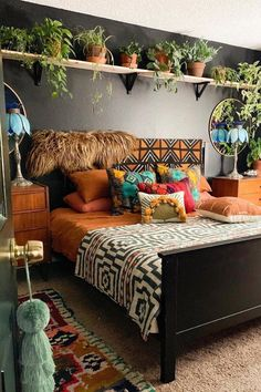 Normal components for a boho bedroom include a lot of plants and chocolate brown. - Normal components for a boho bedroom include a lot of plants and chocolate brown shaded bed. Bohemian Bedroom Decor, Boho Living Room, Living Rooms, Moroccan Bedroom, Bohemian Style Bedrooms, Boho Bed Room, Wall Decor Boho, Hippie Apartment Decor, Cool Living Room Ideas