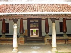 Stock Pictures: Photographs of houses and huts from Dakshinachitra in South India Indian Home Design, Indian Home Interior, Kerala House Design, Indian Home Decor, Indian Interiors, Village House Design, Village Houses, Manor Houses, Dream Houses
