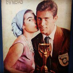 sportv.globo.com960 × 960Pesquisa por imagem de 'O Cruzeiro', em que Bellini é beijado pela miss Brasil Adalgisa Colombo (foto), devidamente emoldurada – e muito mais. A reportagem é de Eudes Júnior e a produção, de Roger Garcia.