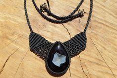 black onyx druzy necklace,macrame necklace,gemstone necklace,onyx jewelry,macrame jewelry,black necklace,statement necklace,thread necklace by ARTEAMANOetsy on Etsy