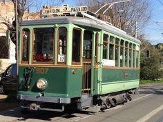 Torna in servizio, per un giorno, il glorioso tram 907 in Roma