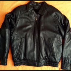Alamo Uomo - Heavy Black Leather Jacket Never worn, like new! Great quality!!! Jacket is 100% genuine leather zipper front with shoulder pads & a removable vest that zippers to jacket. It's got a scrunched waist seam. Perfect for men or women! | Size: Small but it fits a Large better. I'm a size medium but I tried it on to see if it fits & it's way too big. Alamo Uomo Jackets & Coats