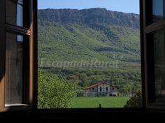 Fotos de Casa Martinberika - Casa rural en Hiriberri/Villanueva (Navarra) http://www.escapadarural.com/casa-rural/navarra/casa-martinberika/fotos#p=52e7f1644f2e0