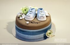 Baby Boy Cakes with Blue Infant Shoes - Kosher Bris Cake by Heather Barranco Dreamcakes NYC - mazelmoments.com