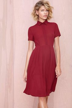 Alexa Chung Is The Queen Of Perfect, Day-Date Style #refinery29 http://www.refinery29.com/alexa-chung-day-date-casual-outfit-ideas#slide13