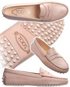 Tods Shoes For Women. Would love these in cognac. Love my Tods Tods Shoes, Shoes Sandals, Heels, Cute Shoes, Me Too Shoes, Tods Bag, Driving Shoes, Driving Moccasins, Casual Shoes