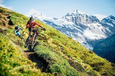 "Das isch doch mal en INSPIRATION! Genials Foto via @graubuendenbike: "" Photoshooting by @martinbissig in @davosklosters - thanks for this nice picture of the Alps Epic Trail Davos - a must ride 2017!"" #MTBswitzerland #inlovewithswitzerland #swissalps"