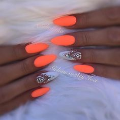 Want some ideas for wedding nail polish designs? This article is a collection of our favorite nail polish designs for your special day. Orange Nail Art, Neon Orange Nails, Orange Nail Designs, Neon Nails, Pink Nails, Nail Swag, Gorgeous Nails, Pretty Nails, Neon Nail Colors