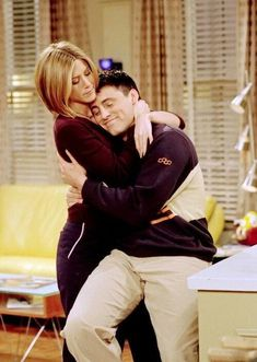 Find images and videos about friends, tv show and rachel on We Heart It - the app to get lost in what you love. Tv: Friends, Serie Friends, Friends Scenes, Friends Cast, Friends Moments, Friends Tv Show, Friends Forever, Friends Joey And Rachel, I Love My Friends
