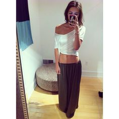 Such a cute a comfy looking outfit. Long skirt with a loose top.