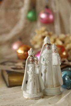 アンティークフィギュリン 聖母子像 白磁のマリア フランス