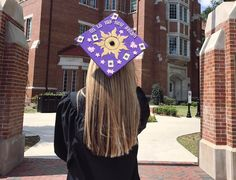 For some, graduation is near or even happening right now, and we're already loving the creative grad caps DIY'd by Disney fans!