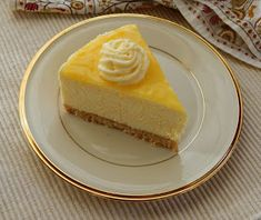 You searched for gateau mousse au citron - Que Cuisine Lemon Mousse Cake, Lemon Curd, Fancy Desserts, Cookie Desserts, Creamy Peas, Cake Recipes, Snack Recipes, Healthy Recipes, Dessert Aux Fruits