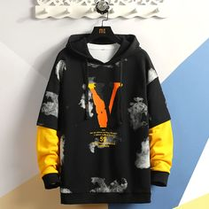 Fashion mens Patchwork Hoodies 2020 Autumn Loose Male Hooded Sweatshirts Men's Print Streetwear Sweatshirt Tops Trendy Boy Outfits, Rock Outfits, Emo Outfits, Black And White Hoodies, 17 Kpop, Stylish Hoodies, Streetwear Fashion, Streetwear Shop, Mens Sweatshirts