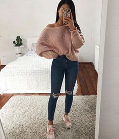 teenager outfits for school ; teenager outfits for school cute Cute Comfy Outfits, Cute Casual Outfits, Stylish Outfits, Cute Jean Outfits, Casual Outfits For Winter, Fall Outfits For School, Everyday Outfits, Cold Weather Outfits For School, Cute College Outfits