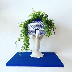 Ceramic treehouse by Pau Stephens