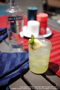 Crowd Surfer drink recipe with oz Smirnoff Coconut Flavored Vodka and 3 oz Pineapple Juice. Fill a rocks glass with ice. Add vodka and pineapple juice. garnish with a pineapple wedge and/or fresh mint leaves. Vodka Drinks, Wine Drinks, Yummy Drinks, Alcoholic Drinks, Beverages, Martinis, Vodka And Pineapple Juice, Smirnoff, Getting Drunk