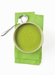 Cream of Broccoli Soup - Hunter/gatherer - Brokkoli Rezepte Broccoli Soup Recipes, Chilli Recipes, Snack Recipes, Snacks, Cream Of Brocoli Soup, Cream Soup, Ricardo Recipe, Food Security, Veggie Soup
