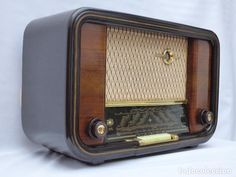 Antigua radio de válvulas WEGA, HEROLD, impecable, funcionando correctamente (Ver fotos y vídeo) - Foto 1