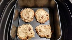 Havermout-kaneel koekjes! 70 gr havermout, 1 volledig ei, 125 gr magere platte kaas, kaneel, geplette banaan, rozijntjes. Alles goed mengen, en 8 minuutjes op 180 graden.