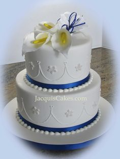 small wedding cakes pictures   small 2 tier wedding cake with sugarpaste Calla Lilly topper ...