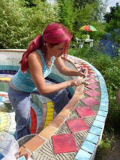Selber Mosaike anfertigen ist gar nicht so schwer und sieht toll aus wenn mann es richtig macht.