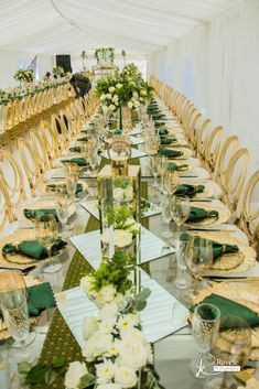 Romantic Wedding Decor, Diy Wedding Backdrop, Rustic Wedding, African Wedding Theme, African Wedding Attire, Zulu Traditional Wedding, Green Wedding Decorations, Natural Wedding Hairstyles, Emerald Green Weddings