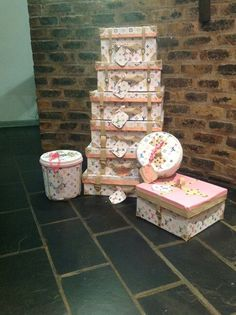Handmade gift boxes @gifts by Zy