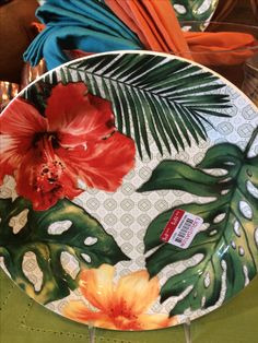 Hand Painted Plates, Hand Painted Ceramics, China Painting, Ceramic Painting, Ceramic Plates, Ceramic Pottery, Vase, China Clay, Painted Plant Pots